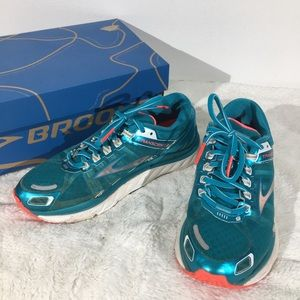 Brooks Transcend 2 Athletic Running Shoes - 6